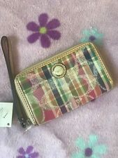 NWT COACH East West Universal iPhone Case Zip Around Wallet 61813 Accessory