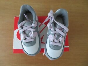 Nike Air Max 90 (particle grey iced lilac) Infant size UK 6.5 (RRP £47.95)