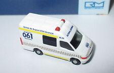 Rietze 16973 IVECO Daily Ambulancia (ES)   1:160    Neu/OVP