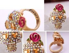R166 BETSEY JOHNSON Sparkling Rhinestone Crystal Gem Pink Skull Rose Ring UK