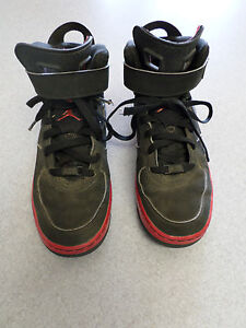 """Nike Air Jordan """"Fussion 6"""" black leather, basketball shoes. Size 6.5Y (eur 39)"""