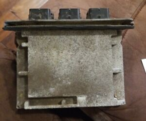 2005-2006 Ford Escape Mariner Tribute Engine Control Module P/N: 5L8A-12A650-AAD