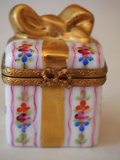 Limoges Rochard Bow Present Gift Box Gold Hand Painted Peint Main Trinket Box FC