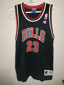 NBA CHAMPION CHICAGO BULLS #23 MICHAEL JORDAN SIZE 14-16 L youth