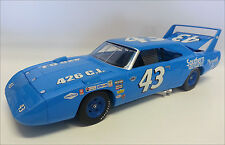 1/18 RICHARD PETTY 1970 #43 SOUTHERN CHRYSLER SUPERBIRD