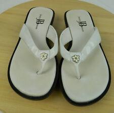 Jenny Buchanan Tamera Flip Flops Womens Size 6 Slip on White Thong Sandals Shoes