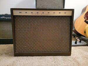 1962 Magnatone Custom 440 Tube Amplifier Original Tubes Transformers Choke...