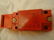 Telemecanique Safety Limit Switch XCS A502, SAFETY SWITCH, 2NO/1NC,  NEW