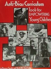 Anti-Bias Curriculum: Tools for Empowering Young Children (NAEYC, No. 242) by Lo