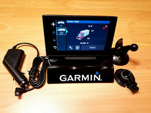 "Garmin Dezl 580 5"" North America Commercial Truck and Bus GPS Navigator"