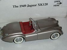 Un coche modelo escala DE DANBURY MINT DE UN 1949 Jaguar XK120, En Caja