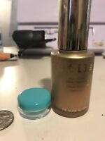 stila aqua glow serum foundation Light Nedium SAMPLE