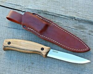 BPS Knives BS3 Bushcraft Full Tang Knife with Leather Sheath Carbon Steel Scandi