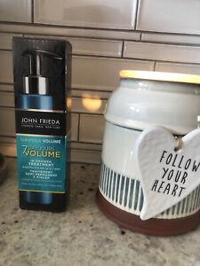 John Frieda 7 Day Luxurious Volume In-Shower Treatment 4oz Protein & Keratin