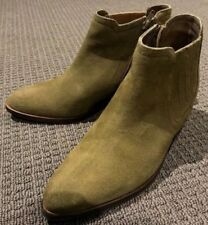 Wittner Leather Med (1 in. to 2 3/4 in.) Boots for Women