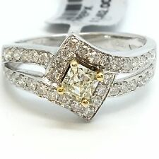 18K White Gold Natural Light Yellow And White Diamond Ring D0.82ct.