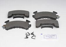 GM OEM Brake-Front Pads 19152030