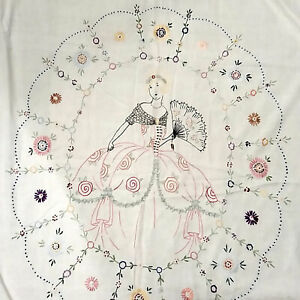 Vintage Hand Embroidered Light Summer Quilt Southern Belle Floral White 68 x 96