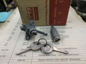 1949 ford passenger nos glove box trunk lock set with keys 8A-3689A
