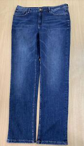 Ladies Marks & Spencers Straight Leg Blue Jeans Size 16 Leg Regular B185