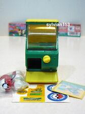 Yujin 2004 Pokemon Rayquaza Mini Gashapon Vending Machine
