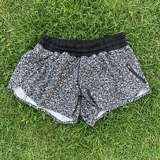 Lululemon Tracker Shorts Black & White Floral EUC US 8 UK 12 Run Gym