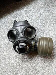 Canadian/British C3/M69 Gas Mask