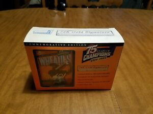 1999 WHEATIES COMMEMORATIVE EDITION MINI TIGER WOODS 24K GOLD SIGNATURE BOX