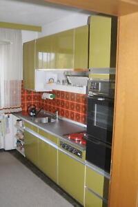 2 Küchenzeilen inkl. E-Geräte, AEG Kühlschrank, Herd -  Einbauküche