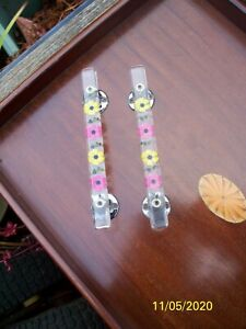 Vintage Pair Of 1950/60s Lucite Door Handles With Inset Floral Decoration