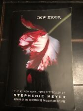 NEW MOON by Stephenie Meyer (2008, Paperback) Book #2 In The Twilight Series