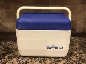 Gott Tote 12 ~ Model: 1811/12 Vintage Personal Cooler Blue White Ice Chest