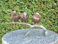 statue de 3 oiseau avec relief en bronze sur branche ...
