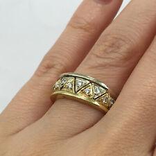 0.35 Ct Round Brilliant Cut Diamond Chevron Right Hand Ring in 14k Gold F-G Vs2
