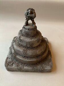 Warhammer 40k Terrain, Space Marine Statue Conversion