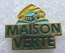 Pin's Produit d'entretien Maison Verte #1108