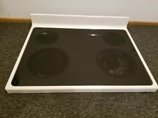 W10472020 Whirlpool white glass cooktop, slightly used with free shipping.