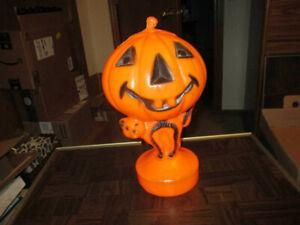 Vintage Blow Mold Cat with a Pumpkin Jack o Lantern Light Halloween