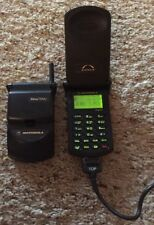 Set 2 Motorola StarTAC Vintage Flip Phone With Charger