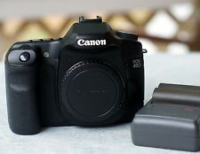 Canon EOS 40D 10.1MP Digital Camera Body 2 Batteries/Charger