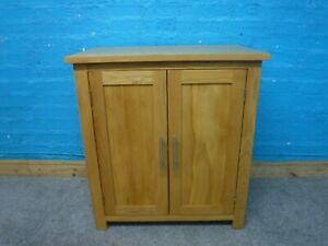 CHUNKY SMALL SOLID OAK SIDEBOARD / HALLWAY CABINET H78 W72cm-VISIT OUR WAREHOUSE