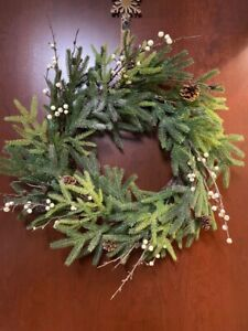 """NEW Pottery Barn Frozen Berry Pine Cones Evergreen Christmas Holiday Wreath 18"""""""
