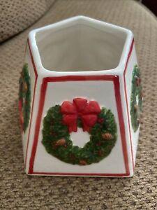 Yankee Candle LRG CERAMIC Lamp Jar Topper SHADE  Christmas Raised Wreaths
