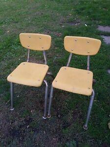 Vtg virgo Metal yellow Childs Chair Metal/Plastic/ set of 2