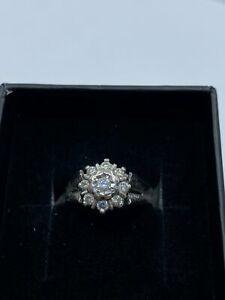 18ct White Gold & Diamond - HJ005