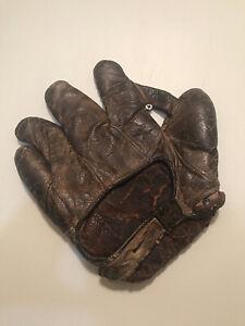 1920's One inch Web Reach Baseball glove