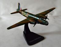 Atlas Editions JJ04 Vickers Wellington Bombers of WWII  1:144