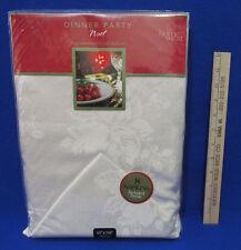 Home Wear Christmas Tablecloth & 8 Napkin Set Noel White Holly Oblong 60 x 104