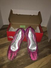 New DKNY KLIPPER Laser Cut Leather Pink Ballet Flats Size 9.5M Comfortable NIB