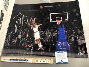 DAMIAN LILLARD BASKETBALL NBA SIGNED AUTOGRAPHED 16X20 PHOTO-BECKETT BAS COA